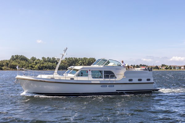 linssen-grand-sturdy-45.0-ac-20180717-1257.jpg